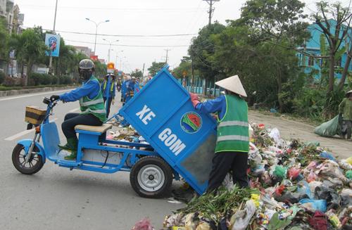 Đổi mới mô hình thu gom rác ở Sơn Tây