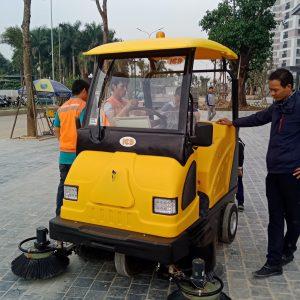 Xe quét hút bụi công nghiệp MN-E800W